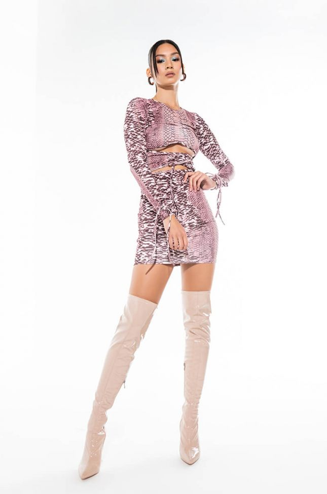 Extra View Your Distraction Long Sleeve Dress With Front Tie