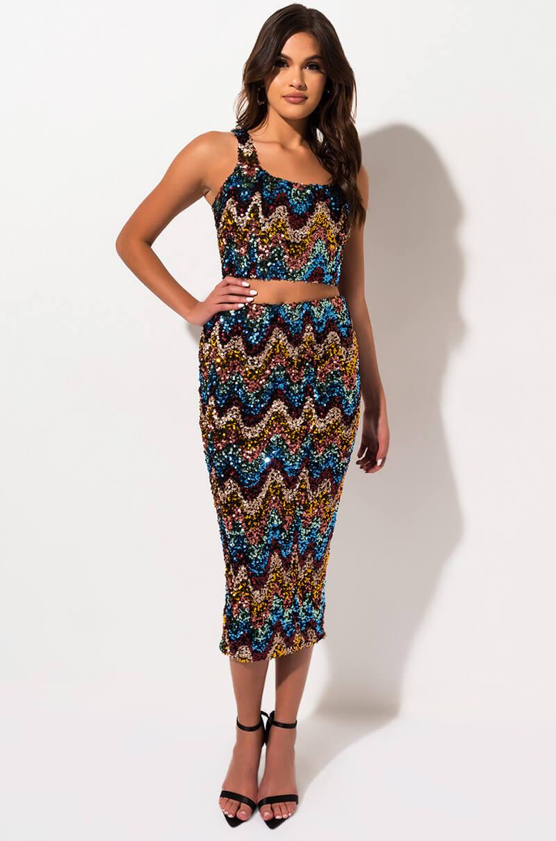 AKIRA Label Multicolor Sequin Mid Rise Bodycon Midi Skirt In Blue Multi